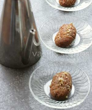 Greek Christmas Cookies with Olive Oil, Melomakarona