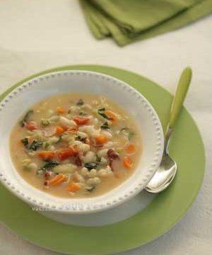 Greek bean soup, fasolada