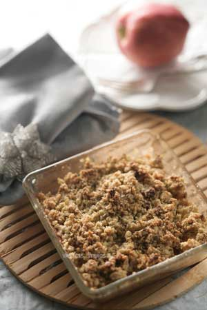 Apple Crisp with Greek Extra Virgin Olive Oil