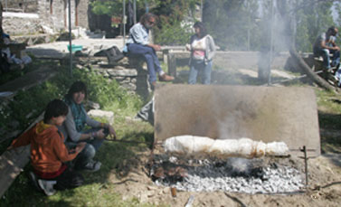 WHOLE SPIT-ROASTED GOAT OR LAMB