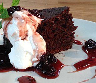 choc_yog_vyssino-cake_mama2