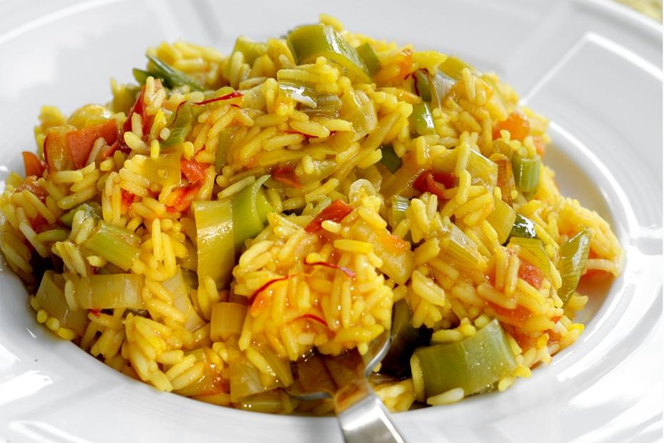 Greek Rice Pilaf with Leeks and Saffron