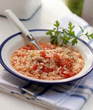 Greek tomato pilaf