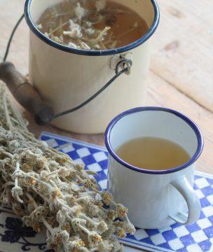 Ikaria mountain tea