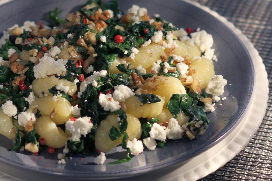 Spinach, Feta & Walnuts Tossed with Fresh Gnocchi