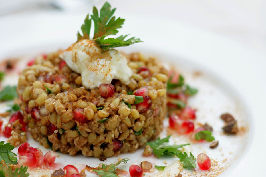Pilaf with Buckwheat, spices and pomegranate