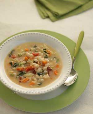 Classic Greek Bean Soup / Fasolada