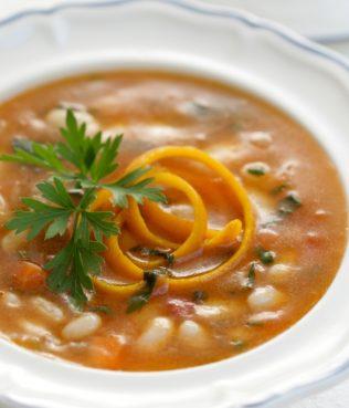 Cretan Bean Soup with Orange Zest / Haniotiki Fasolada