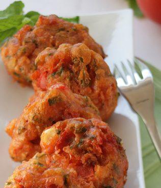 Tomato Fritters / Tomatokeftedes