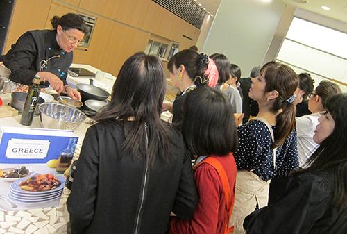 TOKYO_KITCHEN-MAYHEM-JAPANESE-STYLE