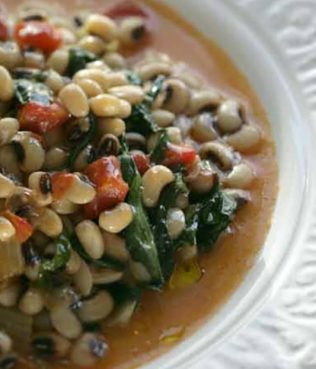 Black-Eyed Peas with Greens and Fennel (Mavromatika me Maratho)