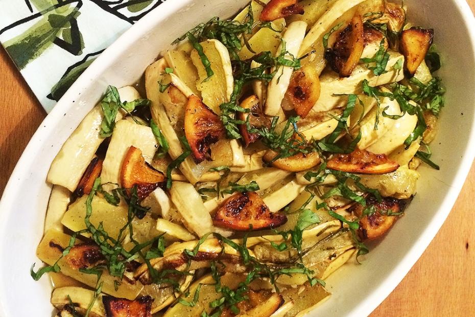 Greek zucchini salad with Orange