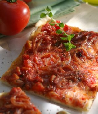 Pepper-Tomato Flatbread with Mastiha