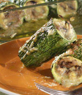 Mushroom-Stuffed Zucchini