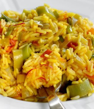 Greek Rice Pilaf with Leeks and Saffron