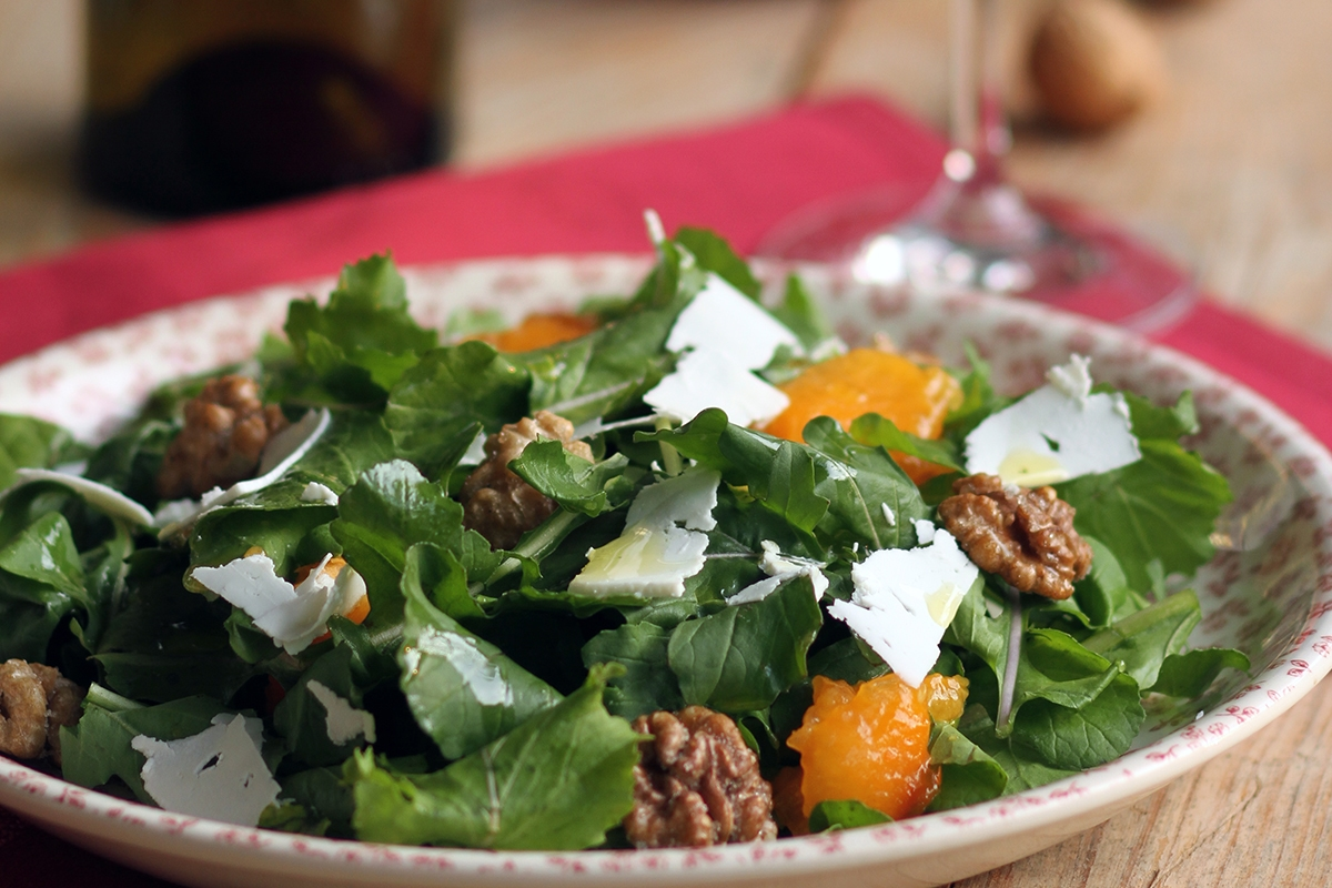 Arugula, persimmons, feta and walnuts, a quartet made in heaven