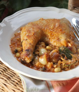 Ikaria-Style Chicken Braised in Wine: Stifado