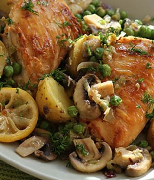 One Pot Greek Lemon Chicken with Potatoes, Mushrooms & Peas