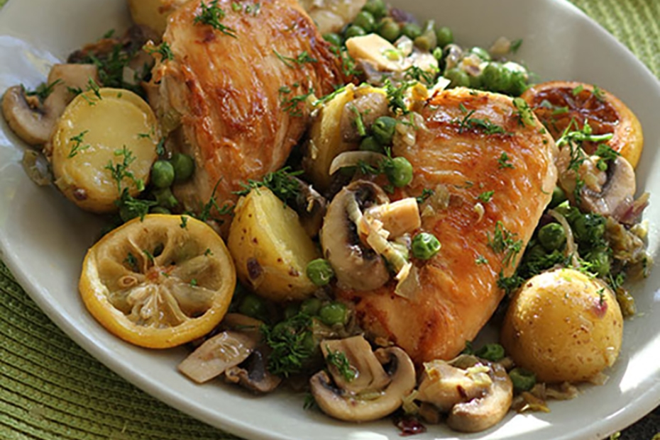 Lemony Greek chicken with potatoes, mushrooms and peas