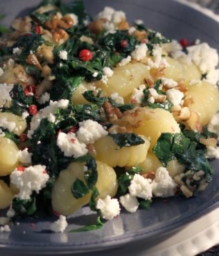 Gnocchi with Spinach, Feta & Walnuts