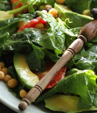 Greek Salad w/ Spinach, Chick Peas, Blood Oranges, Avocado & Greek Olives