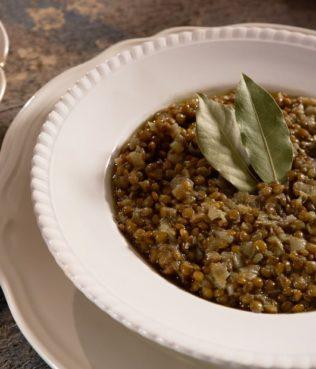 Clay-Baked Minoan Lentils - Minoikes Fakes