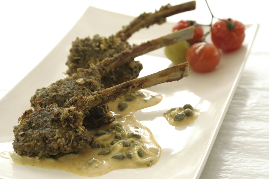 Greek recipe for grilled lamb chops with wild Greek oregano and Santorini capers