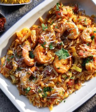 Shrimp Yiouvetsi with Greek Saffron and Curry