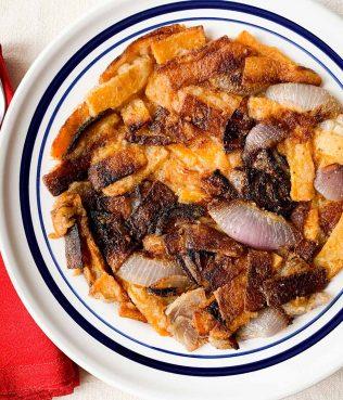 Savory Pumpkin-Onion Skillet Pie
