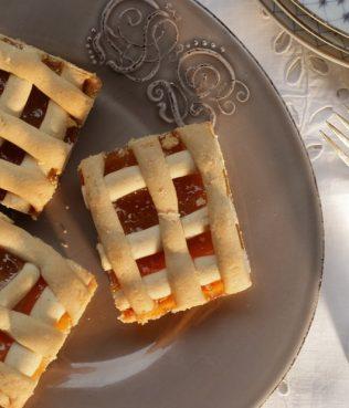 Greek Jam Lattice-Top Tart / Pasta Flora