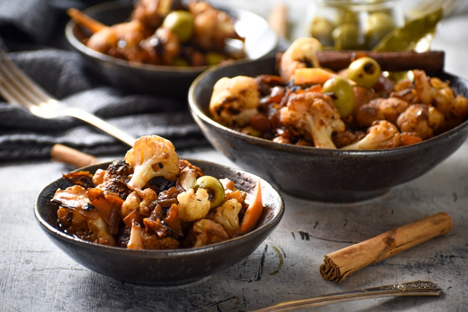 Cinnamon Scented Cauliflower Stew With Sun Dried Tomatoes And Olives Greek Food Greek Cooking Greek Recipes By Diane Kochilas