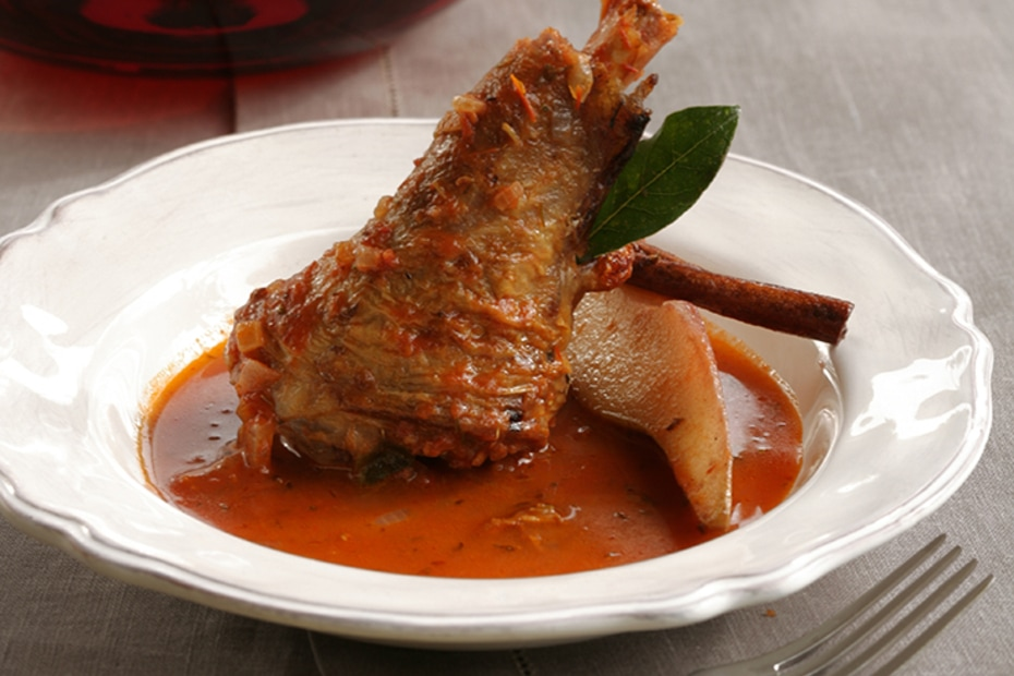 Lamb Shank Roasted With Quince Greek Food Greek Cooking Greek Recipes By Diane Kochilas