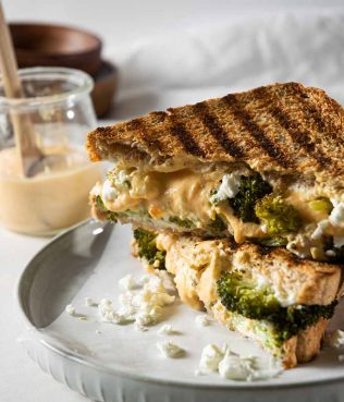 """Broccoli – Feta Pan-Fried """"Grilled"""" Cheese"""